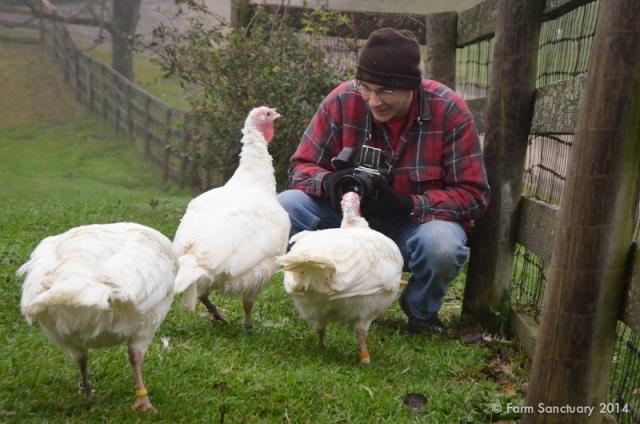 2014_10-22_FSNY_Joel_Anderson_Visit_DSC_3089_CREDIT_Farm_Sanctuary